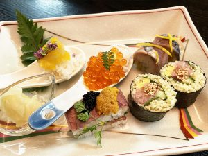 変わり寿司~八戸ラーメン巻きずし